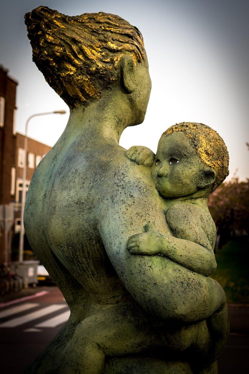 art statue child mother
