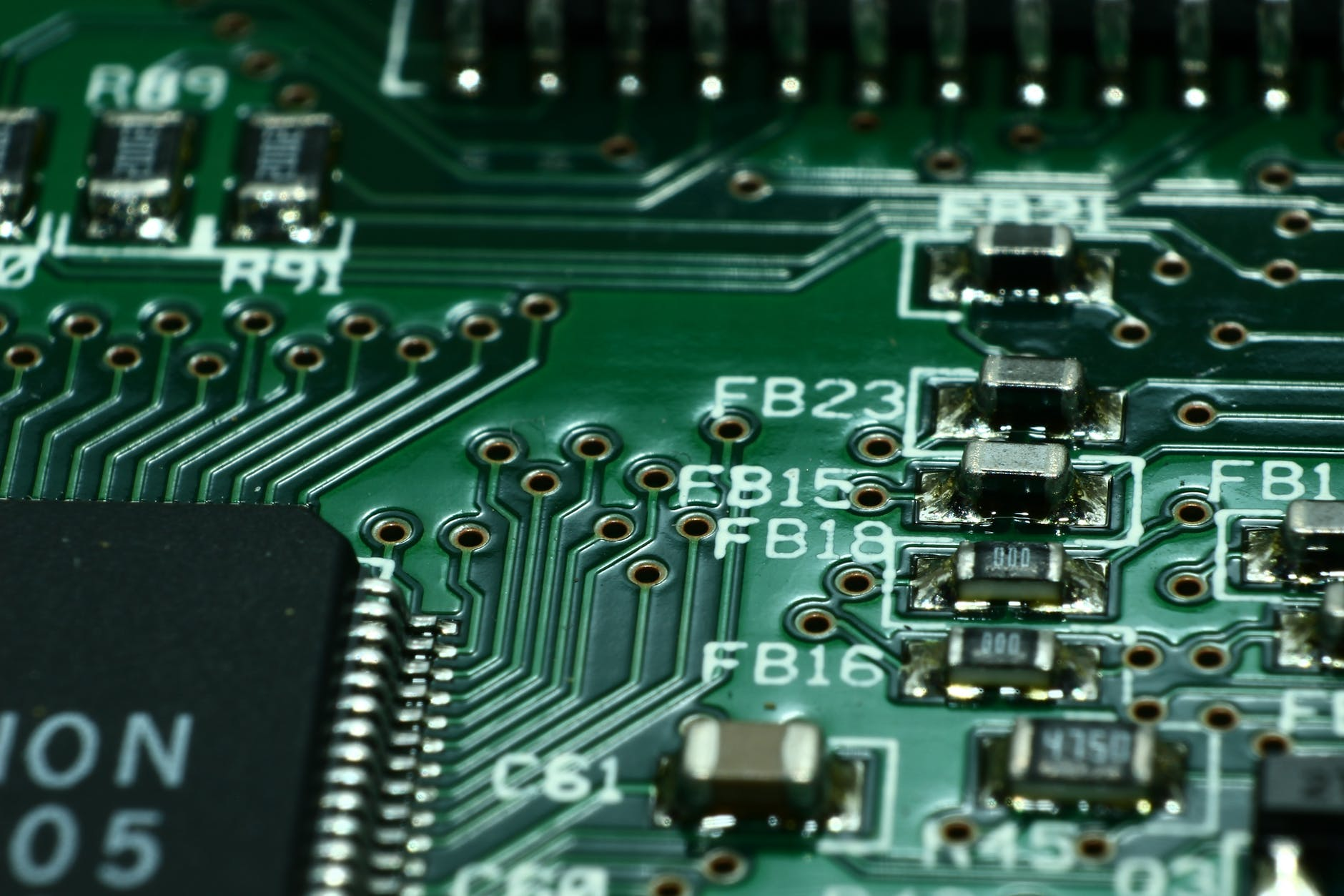 green computer circuit board